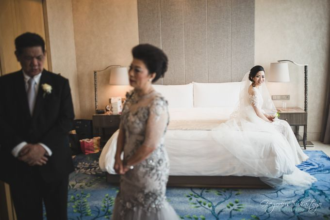 Lovely Wedding of Ramon & Joannita by Gregorius Suhartoyo Photography - 030