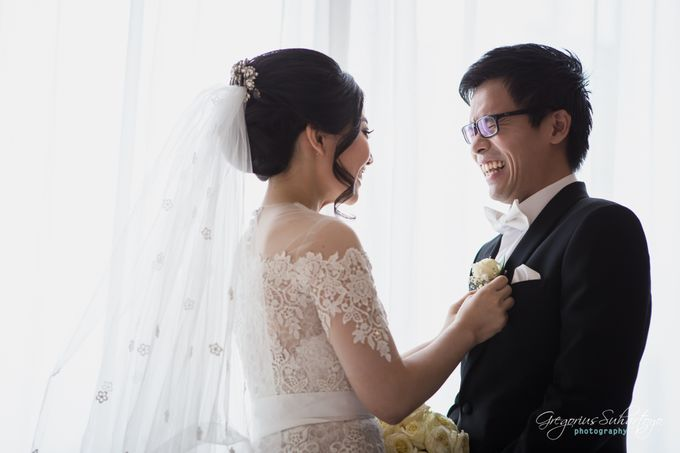 Lovely Wedding of Ramon & Joannita by Gregorius Suhartoyo Photography - 033