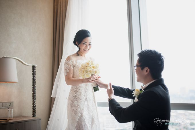 Lovely Wedding of Ramon & Joannita by Gregorius Suhartoyo Photography - 034
