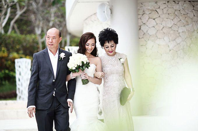 The Signature Wedding of  Ivon & Jeremy by ThePhotoCap.Inc - 025