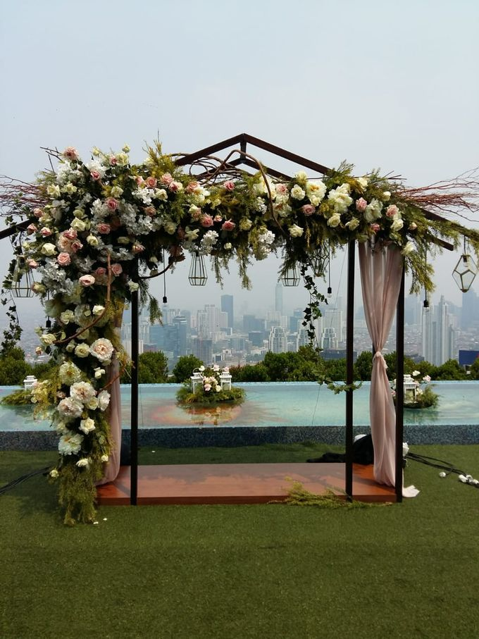 SKYE WEDDING by Priceless Wedding Planner & Organizer - 002