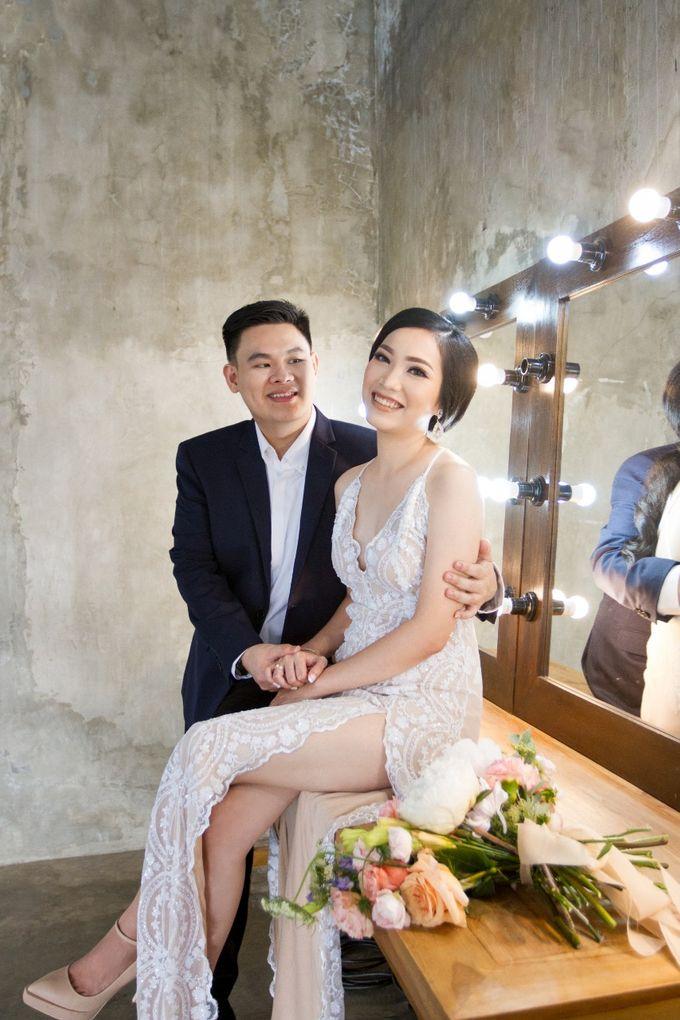 Korean style prewedding of Devilia & Alex by The Flower Philosophy - 007