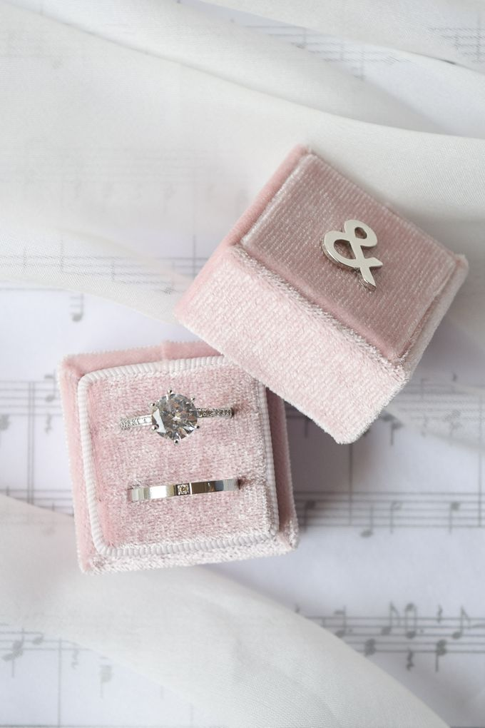 Personalised Wedding Ring Box by L'AMORE - 002