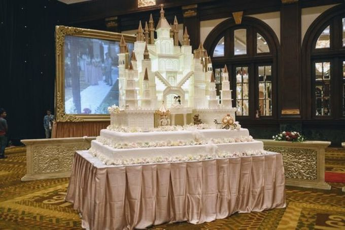 Our Wedding Cake Event by Kaylakaylie Cake & Bakery - 005