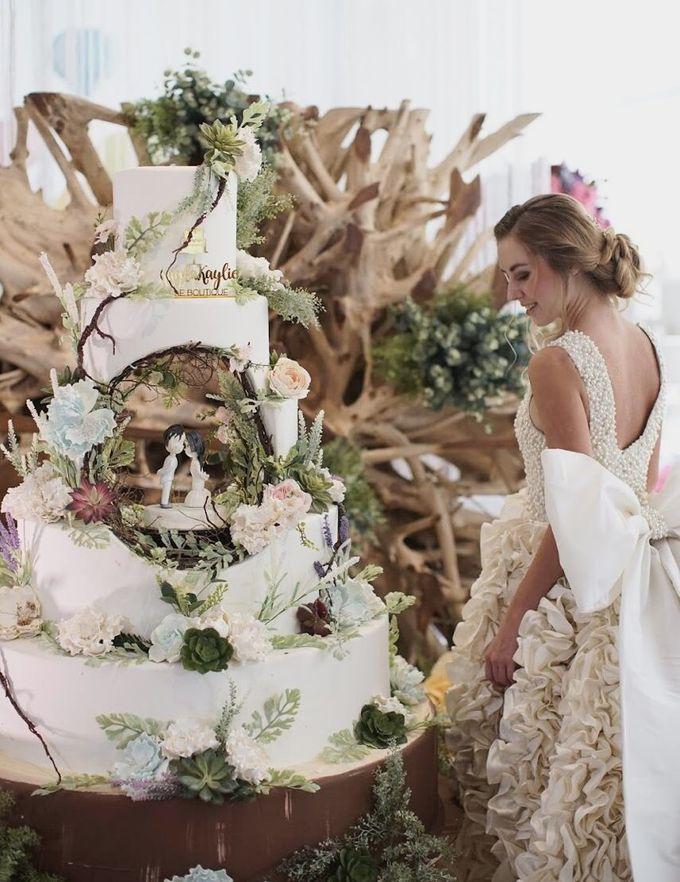 Our Wedding Cake Photo Shoot by Kaylakaylie Cake & Bakery - 001
