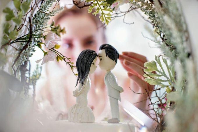Our Wedding Cake Photo Shoot by Kaylakaylie Cake & Bakery - 003