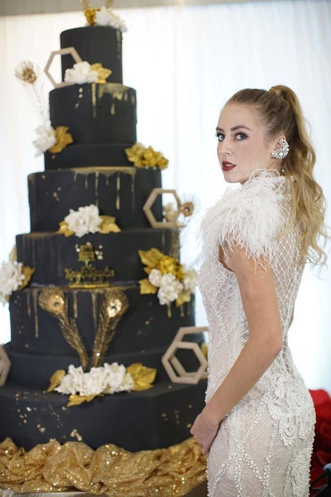Our Wedding Cake Photo Shoot by Kaylakaylie Cake & Bakery - 006