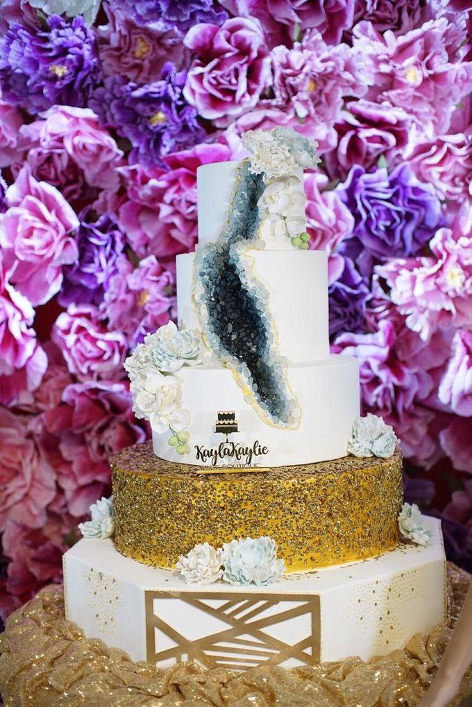 Our Wedding Cake Photo Shoot by Kaylakaylie Cake & Bakery - 008