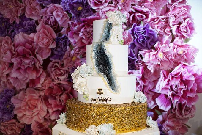 Our Wedding Cake Photo Shoot by Kaylakaylie Cake & Bakery - 010