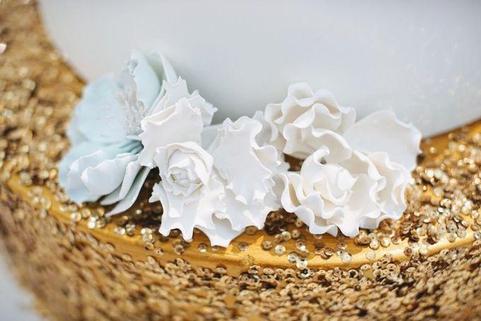 Our Wedding Cake Photo Shoot by Kaylakaylie Cake & Bakery - 013