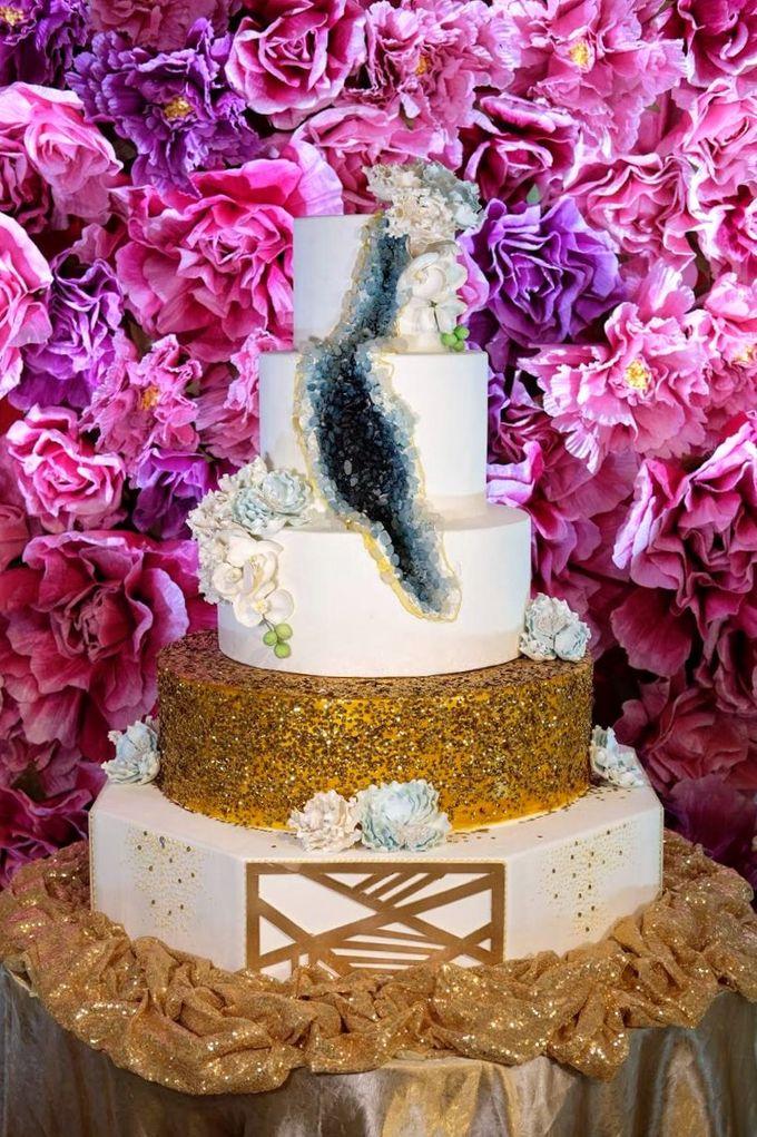 Our Wedding Cake Photo Shoot by Kaylakaylie Cake & Bakery - 021