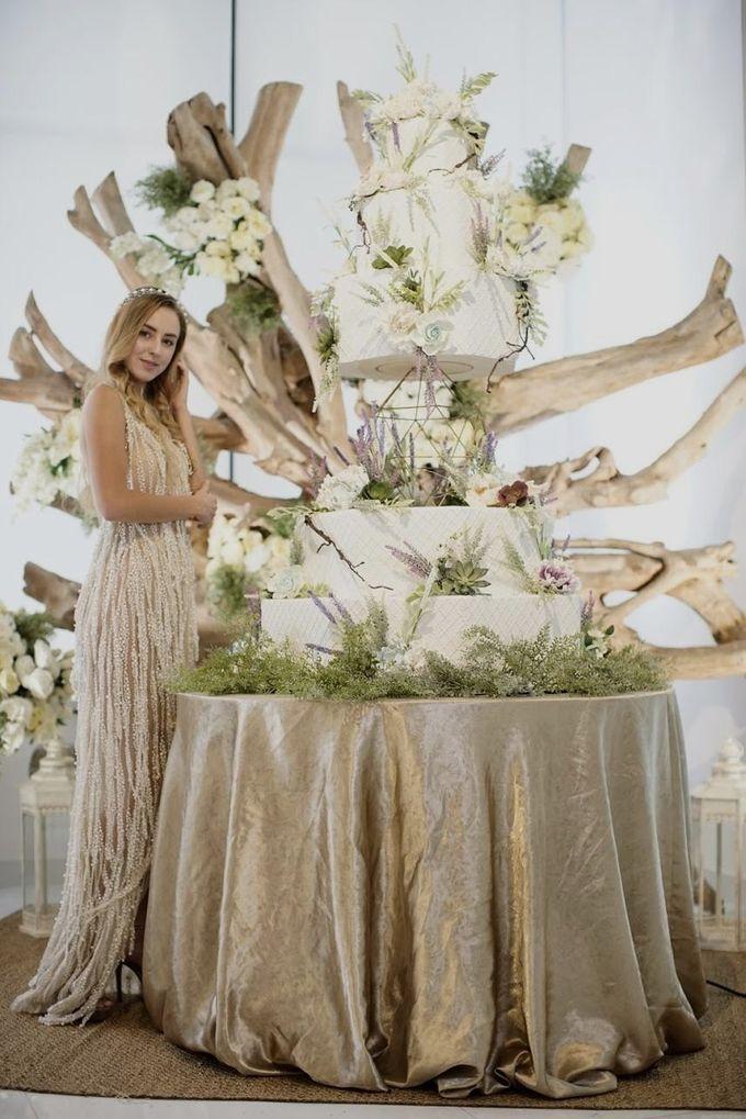 Our Wedding Cake Photo Shoot by Kaylakaylie Cake & Bakery - 022