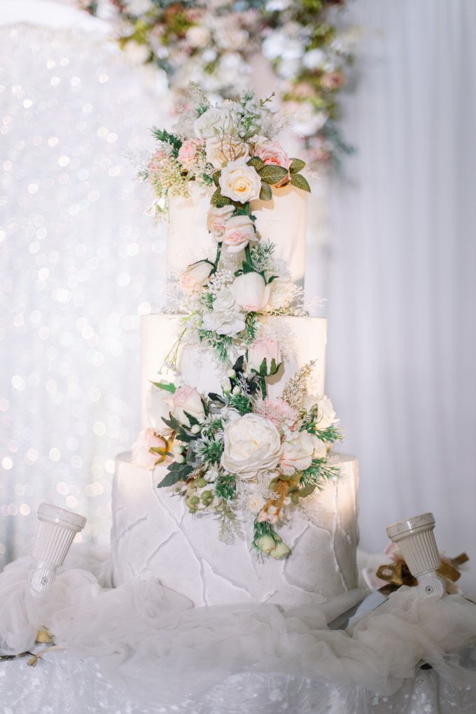 Edward & Ria Wedding Decoration by Valentine Wedding Decoration - 010