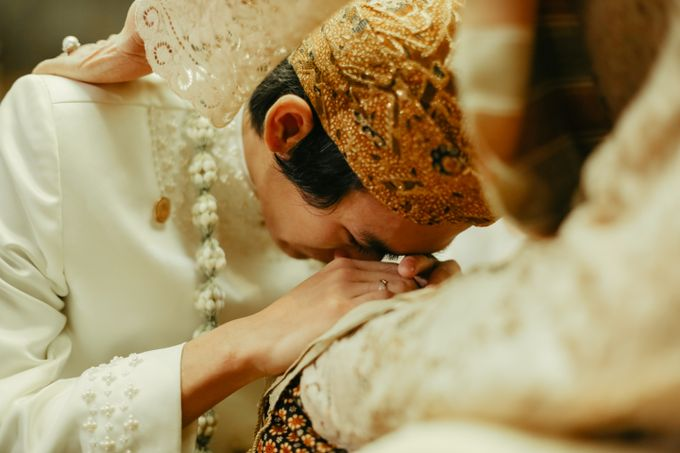 The Wedding of Citra & Riyo by DIY Planner - 006