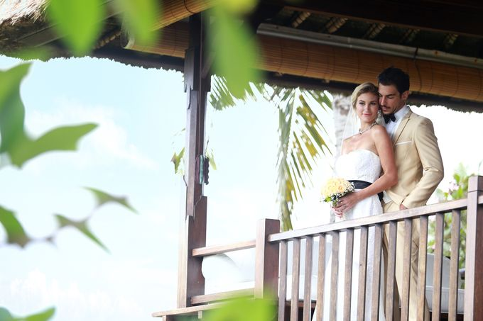 GOLD WEDDING PACKAGE by IMPIANA PRIVATE VILLAS CEMAGI - 009