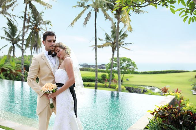 GOLD WEDDING PACKAGE by IMPIANA PRIVATE VILLAS CEMAGI - 010