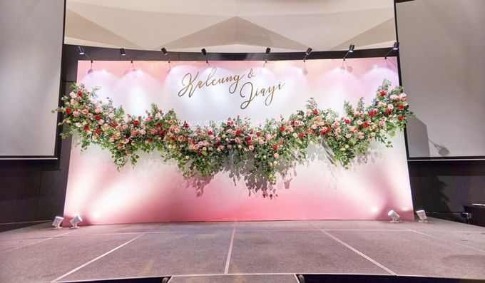 Pinkish Red and Gold Wedding by Glitz&Glam Studiobooth - 005
