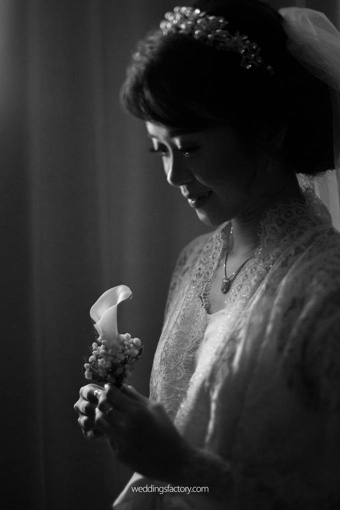 Christian + Olivia Wedding by Wedding Factory - 003