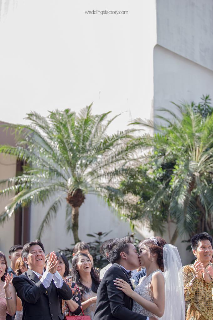 Christian + Olivia Wedding by Wedding Factory - 023