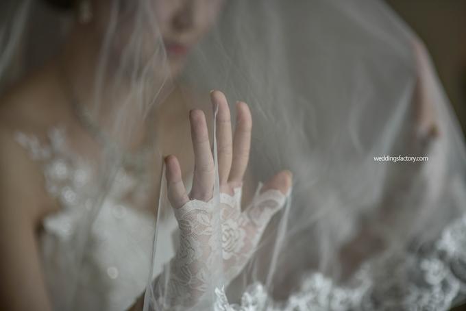 Berny + Caroline Wedding by Wedding Factory - 006