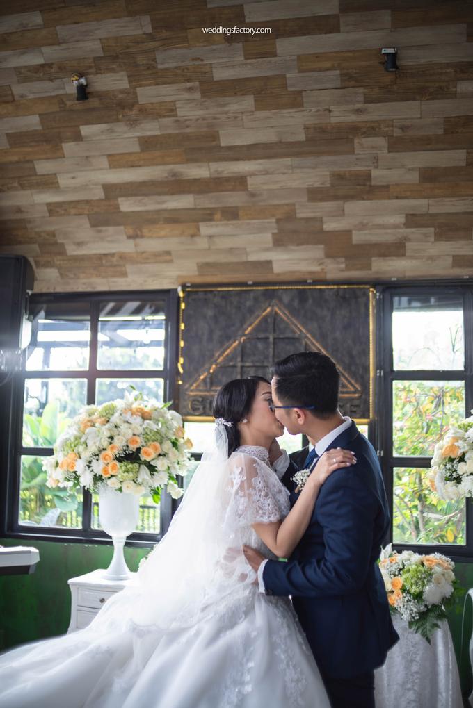 Ardian + Iline Wedding by Wedding Factory - 017