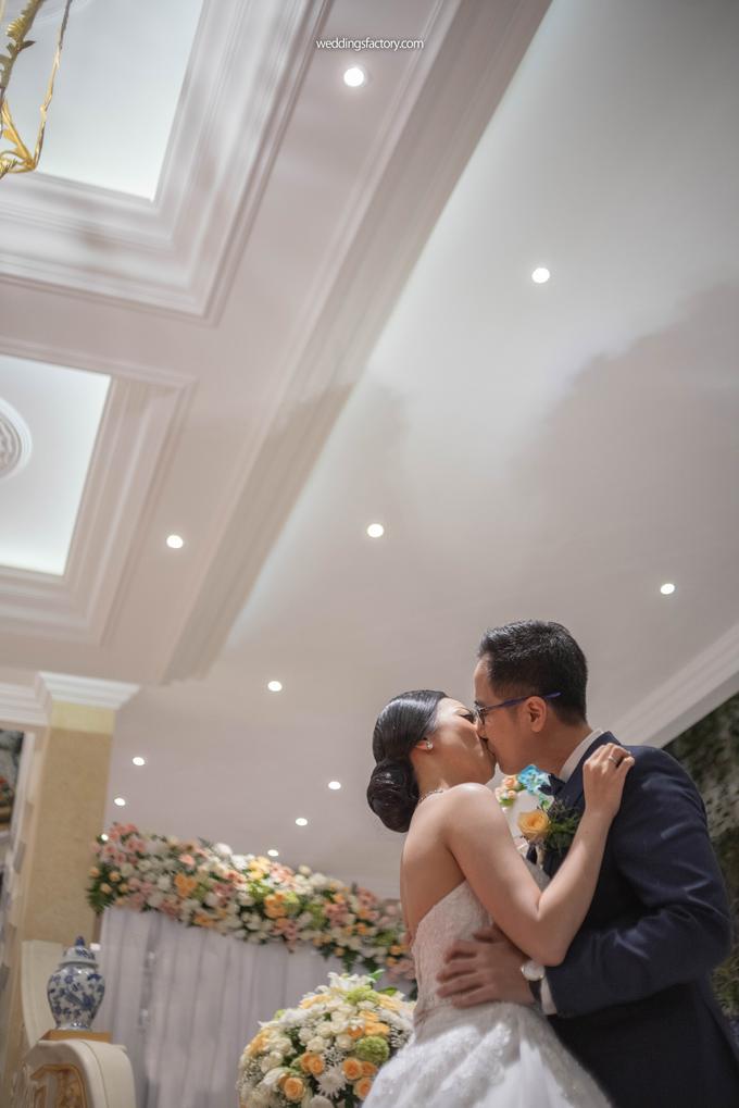 Ardian + Iline Wedding by Wedding Factory - 019