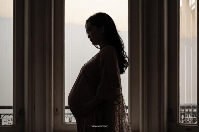 Adri + Venita Maternity by Wedding Factory - 002