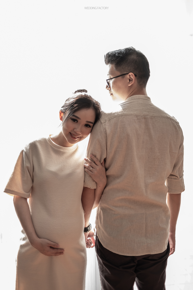 Adri + Venita Maternity by Wedding Factory - 016