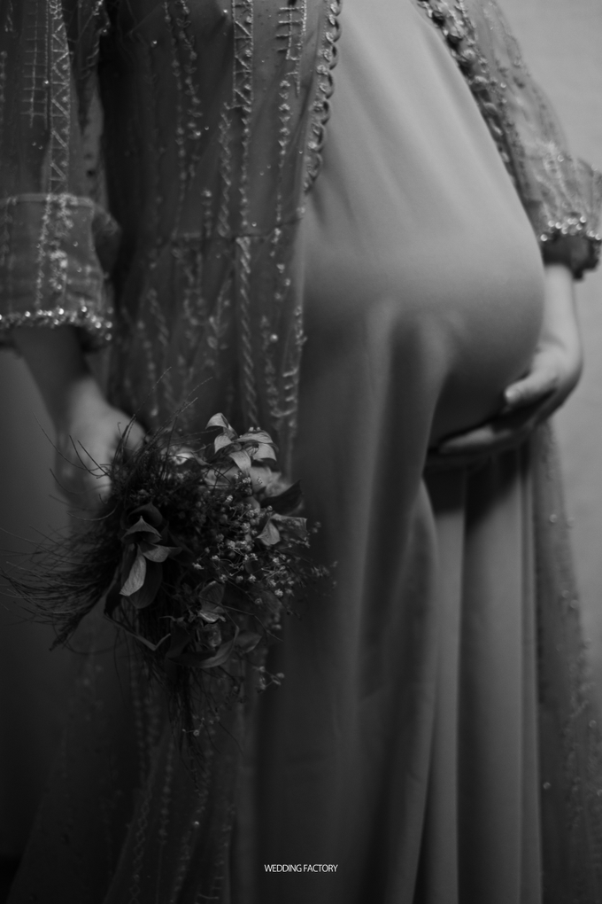 Adri + Venita Maternity by Wedding Factory - 033