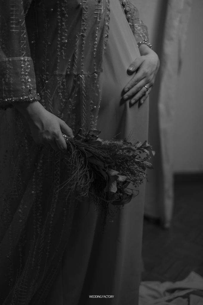 Adri + Venita Maternity by Wedding Factory - 034