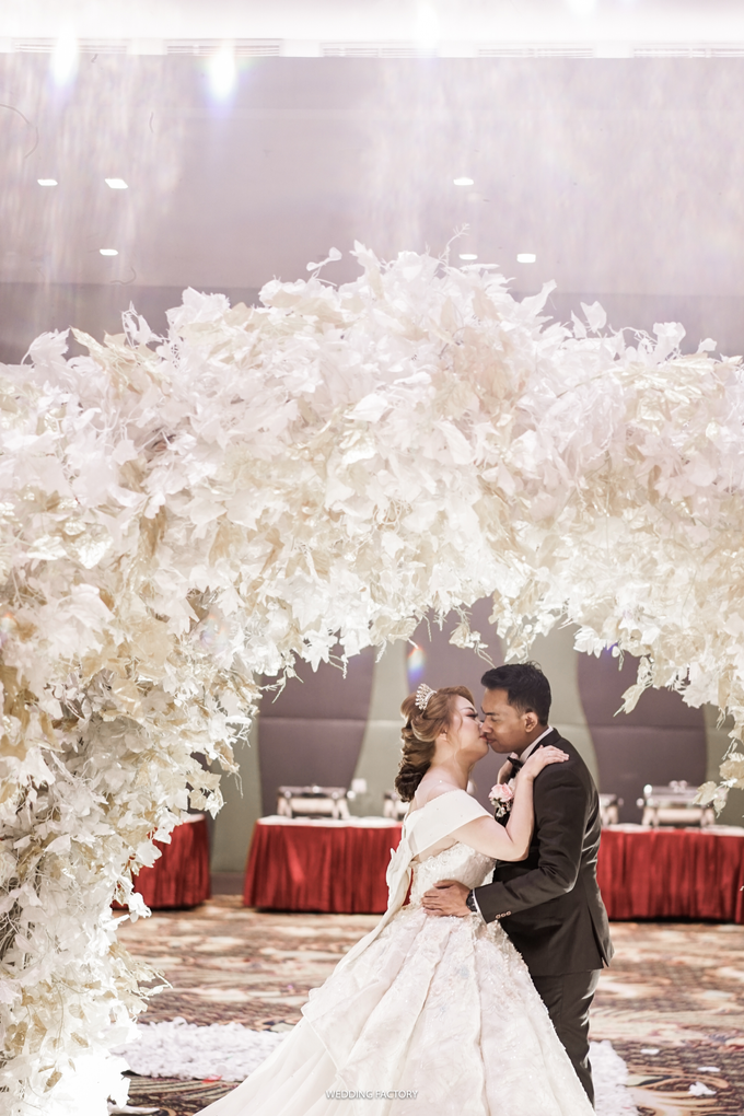 Lendy + Lisan Wedding by Wedding Factory - 012