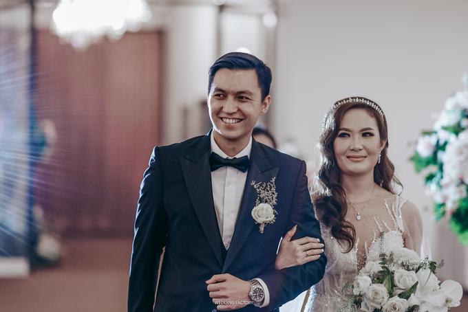 Reynaldo + Sevy Wedding by Wedding Factory - 002
