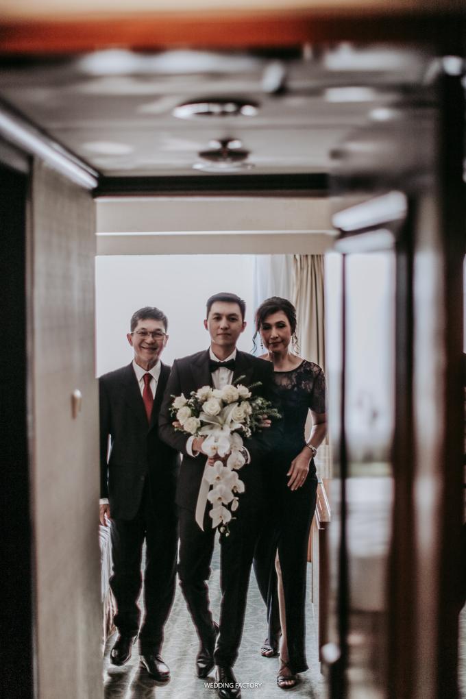 Reynaldo + Sevy Wedding by Wedding Factory - 011