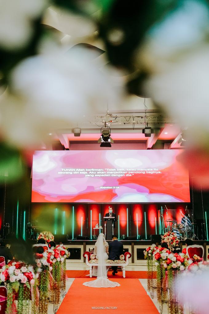 Daniel + Uli Wedding by Wedding Factory - 009