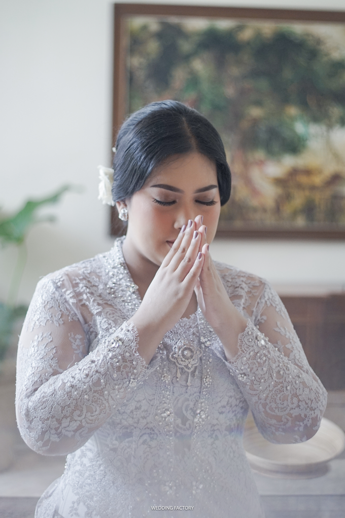 Andintia + Taufan Engagement by Wedding Factory - 003