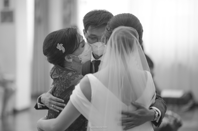 Supiyanto + Mariana Wedding by Wen Custom & Bridal Shoes - 025