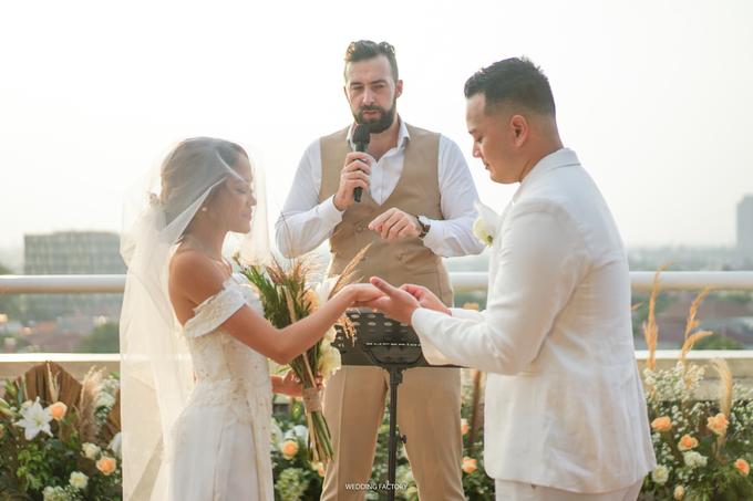 Gio + Giffy Wedding by Wedding Factory - 010