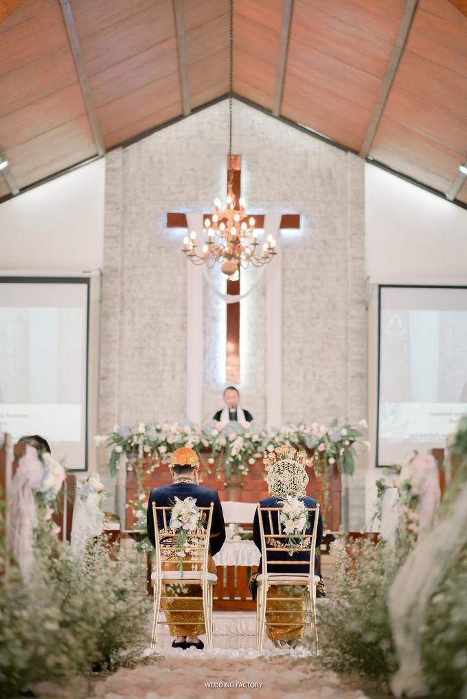 Ayu + Sando Wedding by Wedding Factory - 007