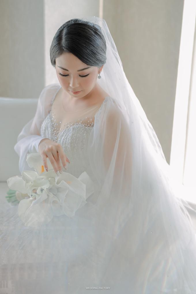 Agus + Valenciana Wedding by Wedding Factory - 011