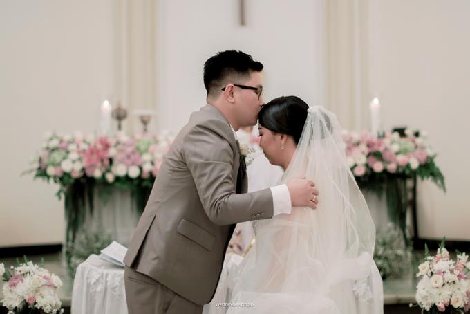 Agus + Valenciana Wedding by Wedding Factory - 027