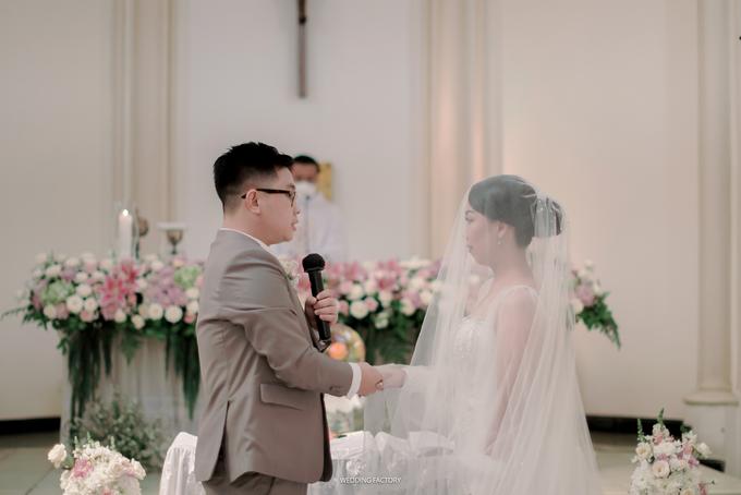 Agus + Valenciana Wedding by Wedding Factory - 026
