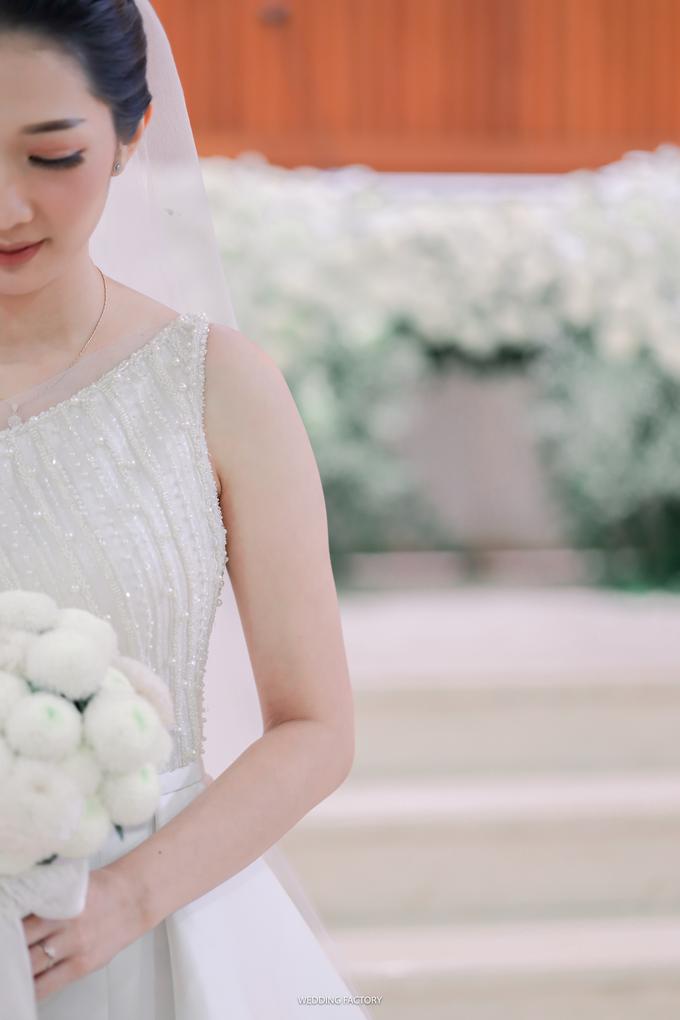 Grifaldy + Lydia Wedding by Wedding Factory - 003