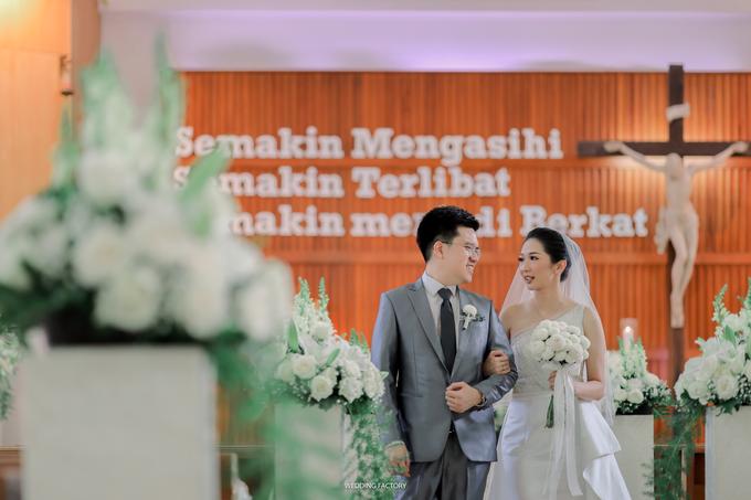 Grifaldy + Lydia Wedding by Wedding Factory - 006