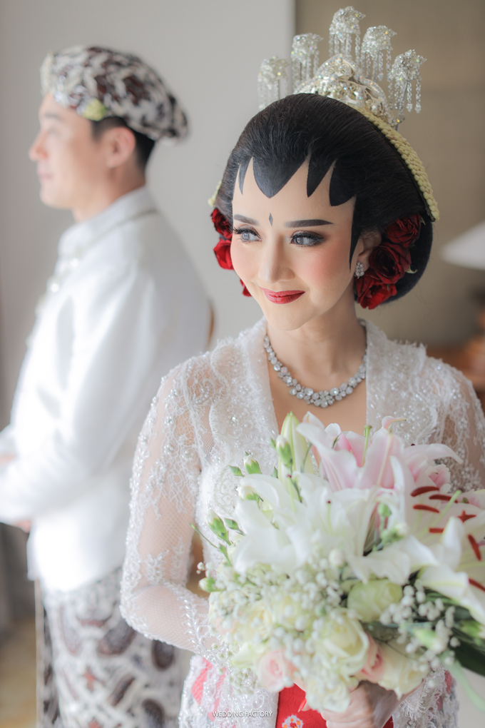 Gang Ho Lee + Nana Wedding by Wedding Factory - 008