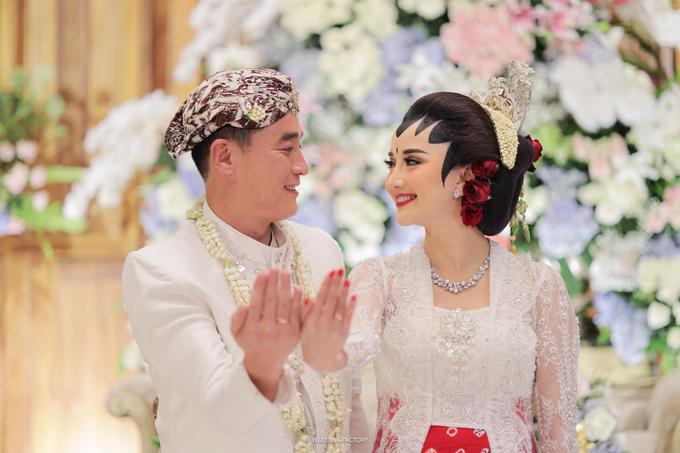 Gang Ho Lee + Nana Wedding by Wedding Factory - 020