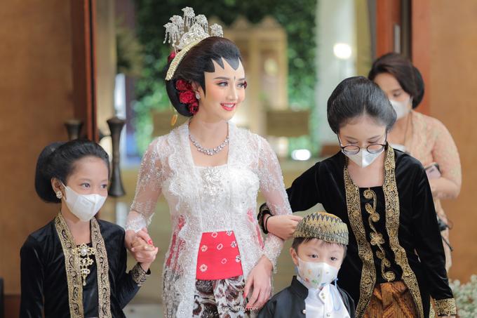 Gang Ho Lee + Nana Wedding by Wedding Factory - 016