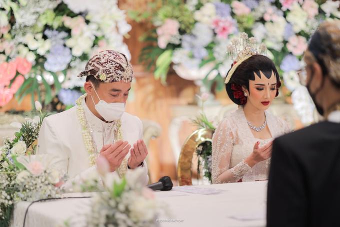 Gang Ho Lee + Nana Wedding by Wedding Factory - 017