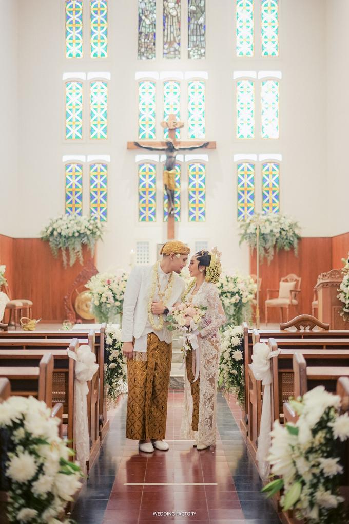 Aryo + Puteri Wedding by Wedding Factory - 006