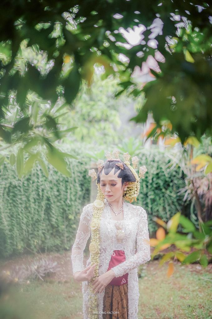 Aryo + Puteri Wedding by Wedding Factory - 005