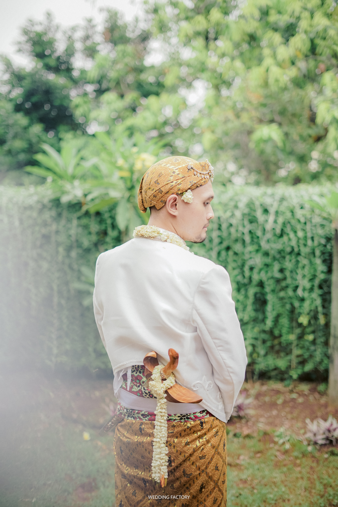 Aryo + Puteri Wedding by Wedding Factory - 004